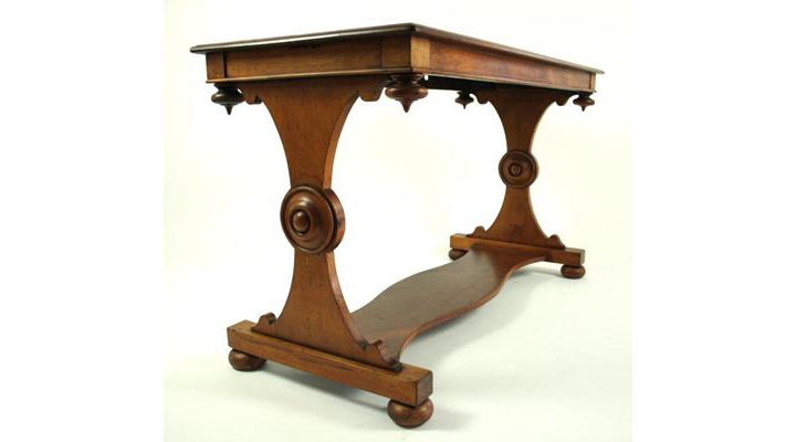 Huon-Gothic-Table-113-3-720x400